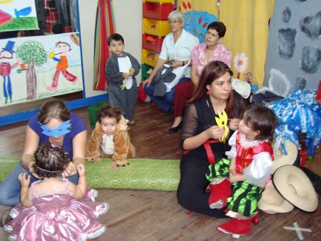 Una historia de colores jardin infantil preescolar for Cascanueces jardin infantil medellin